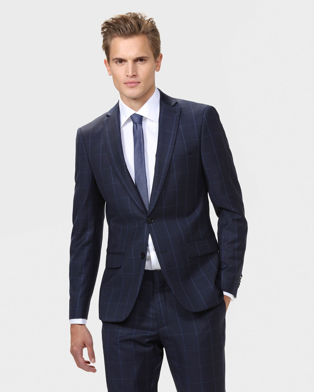 Free shipping and returns on Topman Slim Fit Jersey Blazer at ragabjv.gq Make a presentable impression in a classic two-button blazer crafted from soft jersey with a /5(20).