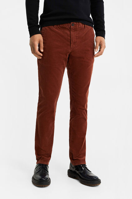 Herren-Slim-Fit-Chinos in Cord-Optik Rostbraun