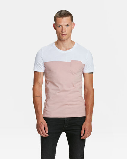 HERREN-T-SHIRT IN COLOURBLOCK-OPTIK Hellrosa