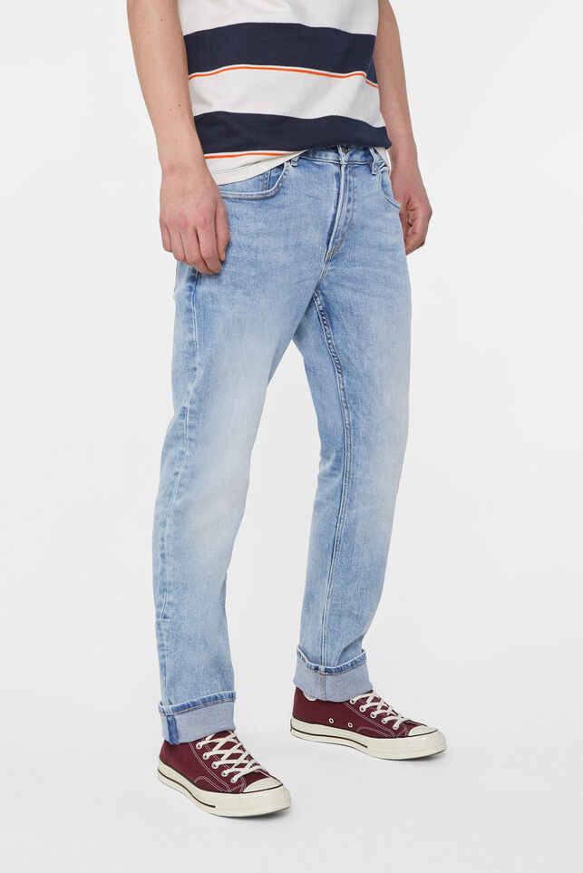 Herren-Regular-Fit-Jeans aus Jog-Denim Hellblau