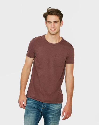 HERREN-T-SHIRT IN GARMENT-DYE-OPTIK Rot