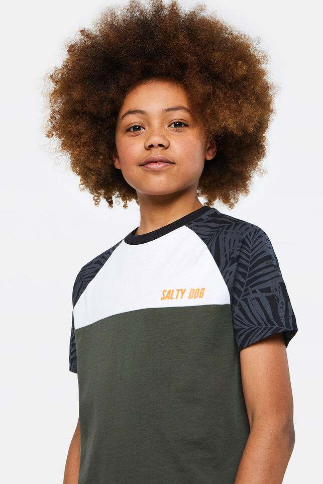 Jungen-T-Shirt in Colourblock-Optik Gemustert