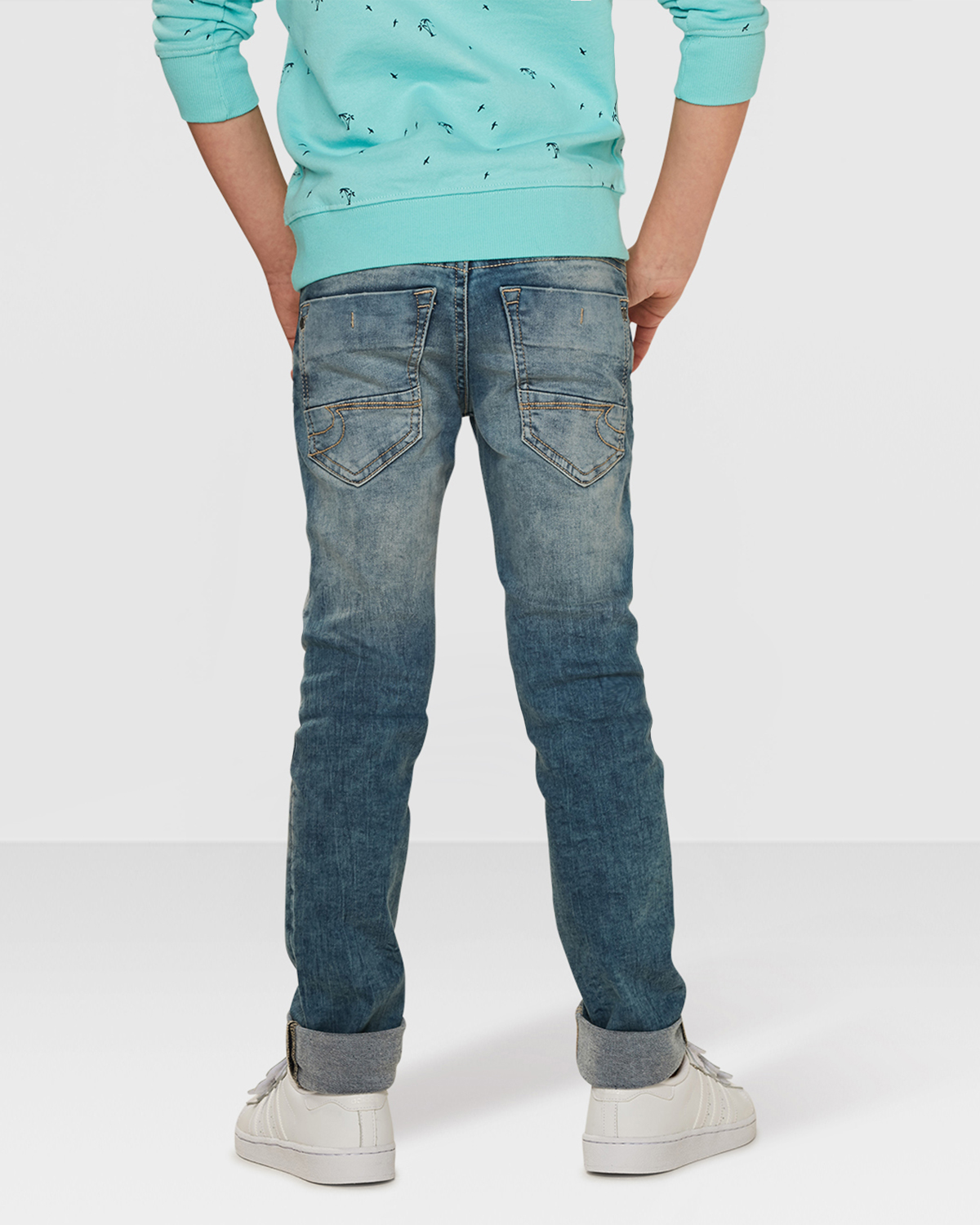 jungen skinny fit rip repair jeans 79560832 we fashion. Black Bedroom Furniture Sets. Home Design Ideas